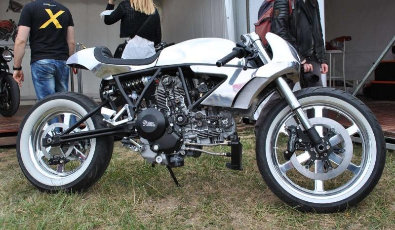 Ducati qui brille.... Crazy_10