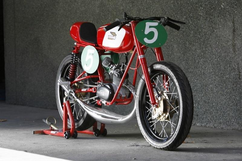 Au moins une Ducat qui donne envie.... Ducati11