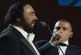 Luciano Pavarotti,Andréa Bocelli et autres ténors.... Pavar10