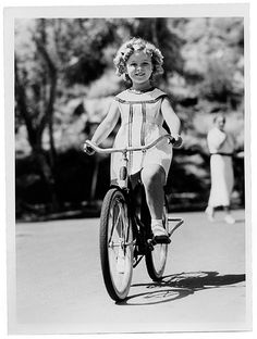 Shirley TEMPLE - Page 2 Shirle45