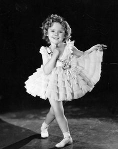 Shirley TEMPLE - Page 2 Shirle46