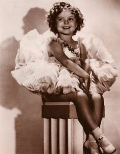 Shirley TEMPLE - Page 2 Shirle47
