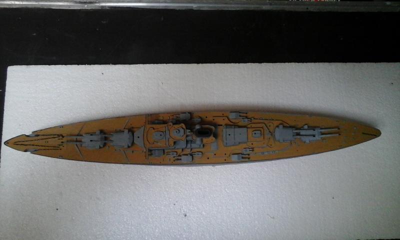 Le Bismarck de chez Revell échelle au 1/570 20160427