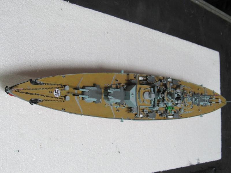 Le Bismarck de chez Revell échelle au 1/570 A110