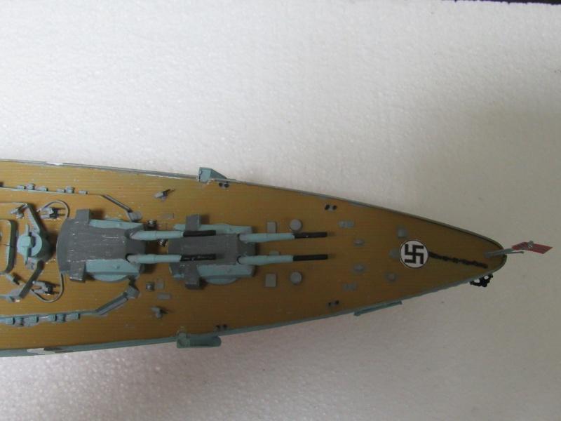 Le Bismarck de chez Revell échelle au 1/570 A410