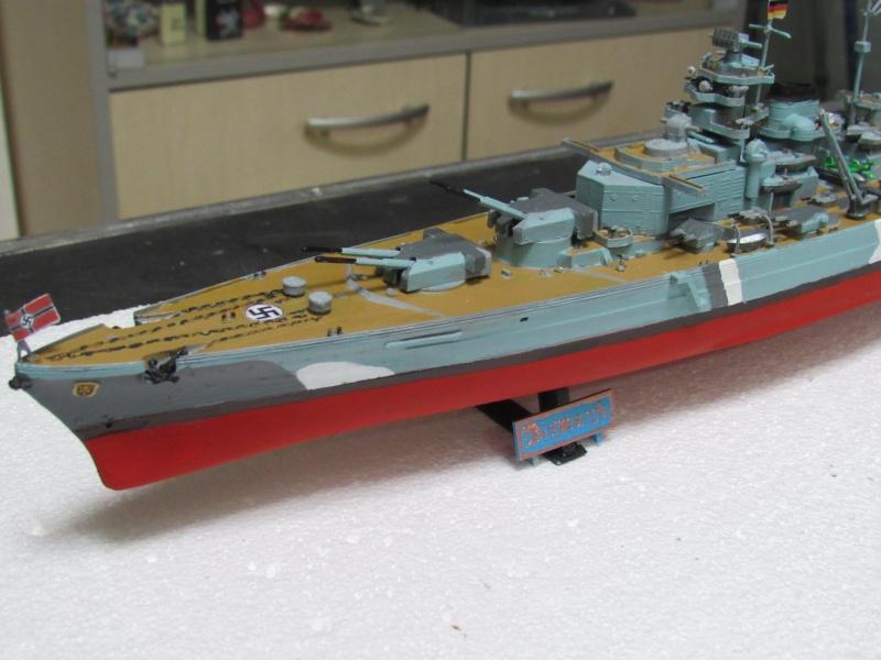 Le Bismarck de chez Revell échelle au 1/570 A510
