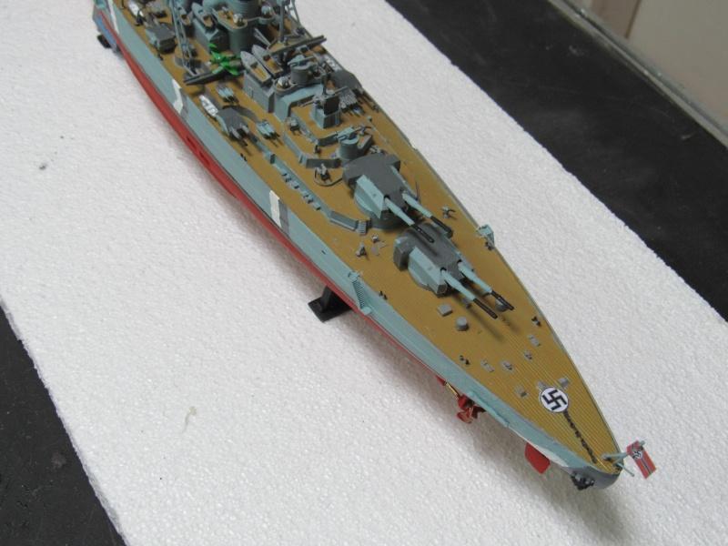Le Bismarck de chez Revell échelle au 1/570 A710