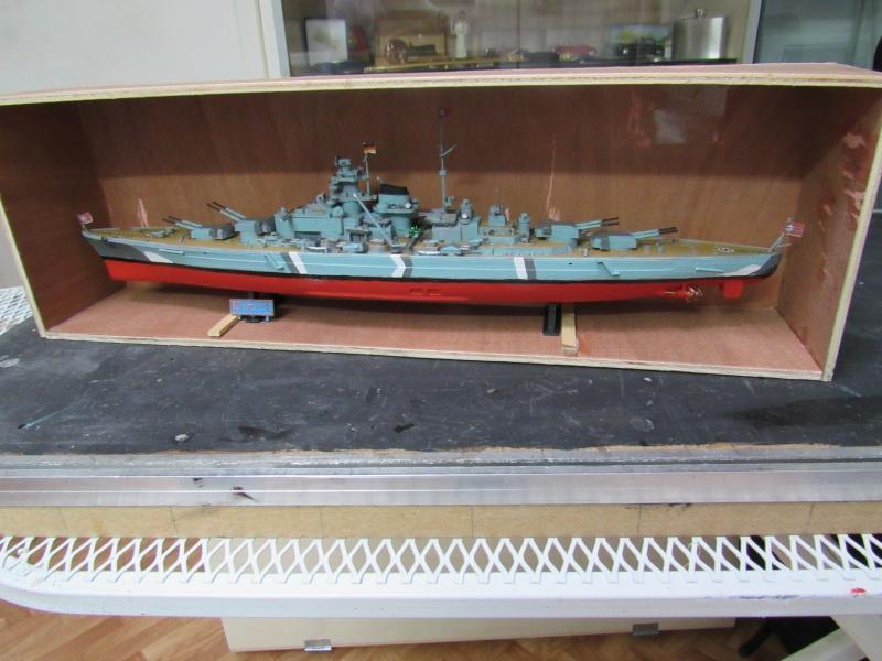 Le Bismarck de chez Revell échelle au 1/570 A810