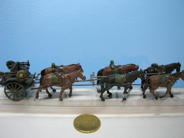 Attelage allemand d'artillerie FH-18 105 mm (revell) au 1/72--  fini------ - Page 2 Dscn3919