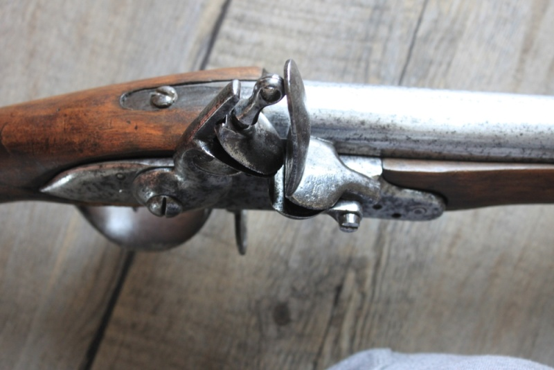 début de restauration d'un vieux fusil Img_8122