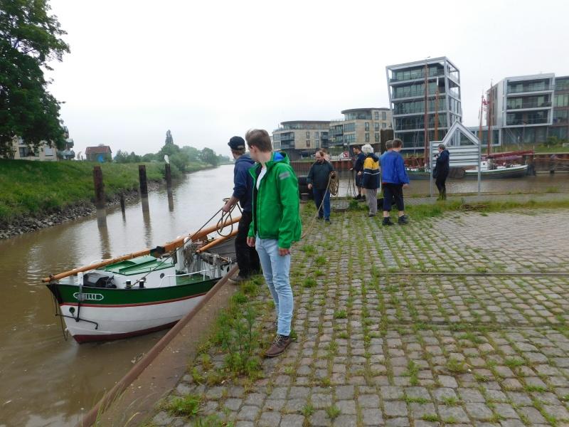 Der Willi kommt zurück in den Stader Hansehafen Dscn1720