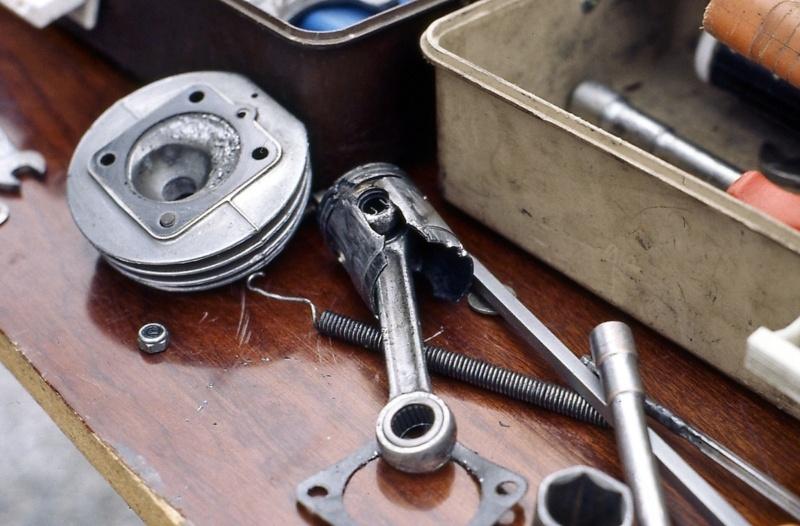 Défauts des pistons : documentation technique Rib24110