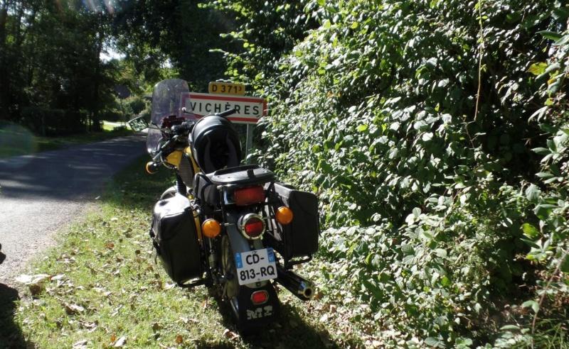 une 251 en route vers l'Ardèche. - Page 2 Vichzo10