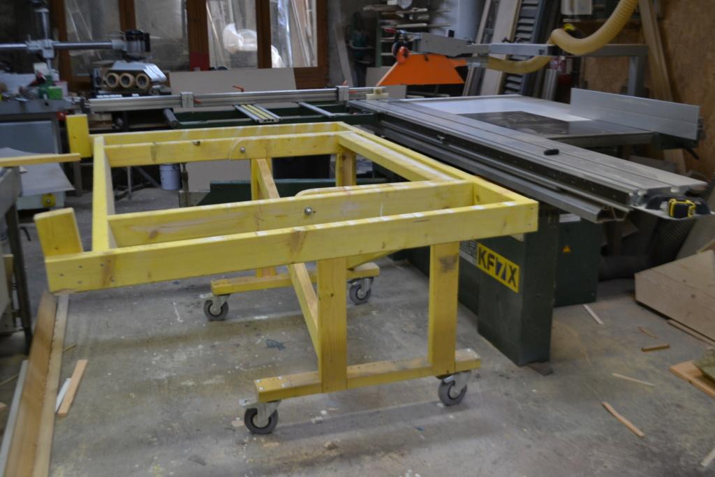Table d'atelier basculante.  - Page 3 Dsc_0075