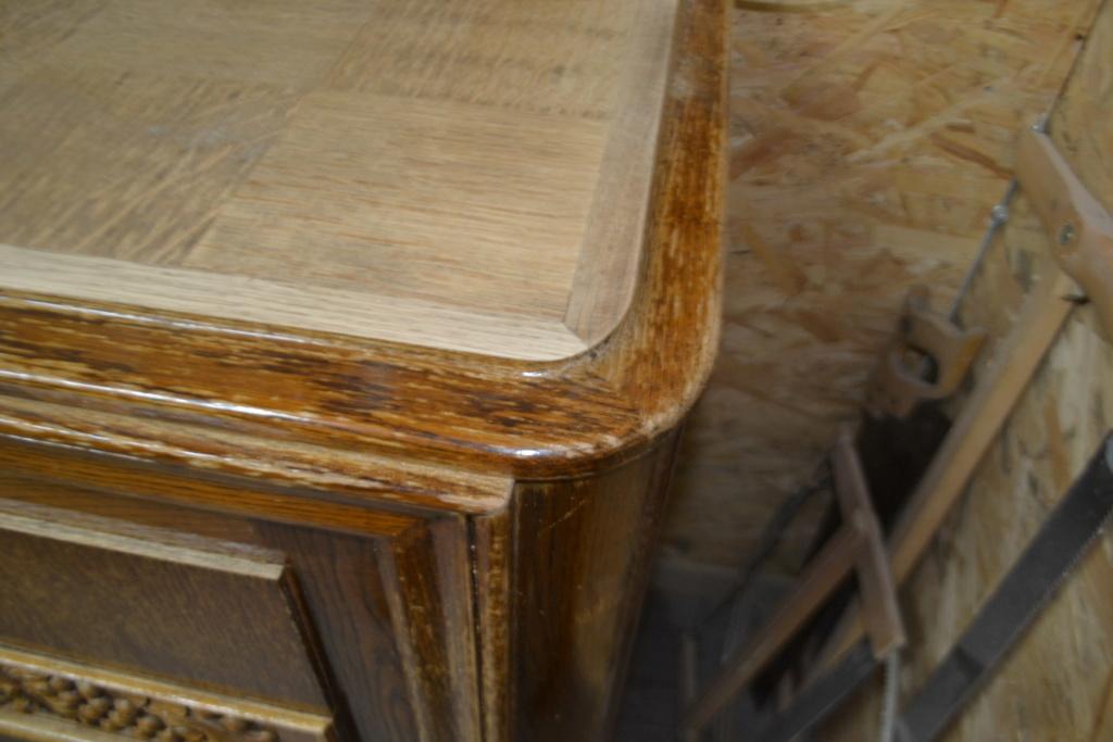 sauvetage d'un meuble années 50 Meuble13