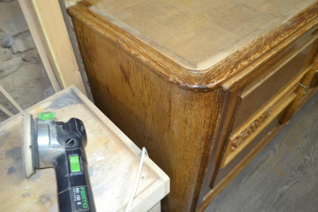 sauvetage d'un meuble années 50 Meuble14
