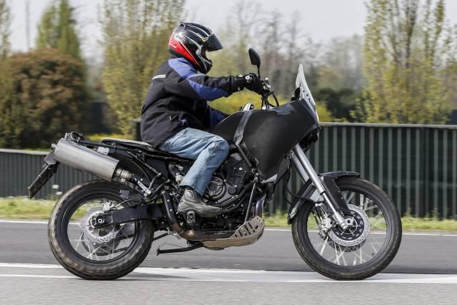 T7 Ténéré : Un nouveau trail chez Yamaha dès 2017 ou plutôt 2018 voir 2019 ? Yamaha10