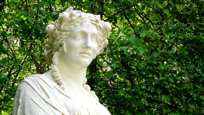 Pomone, nymphe des jardins à Versailles Dsc06618