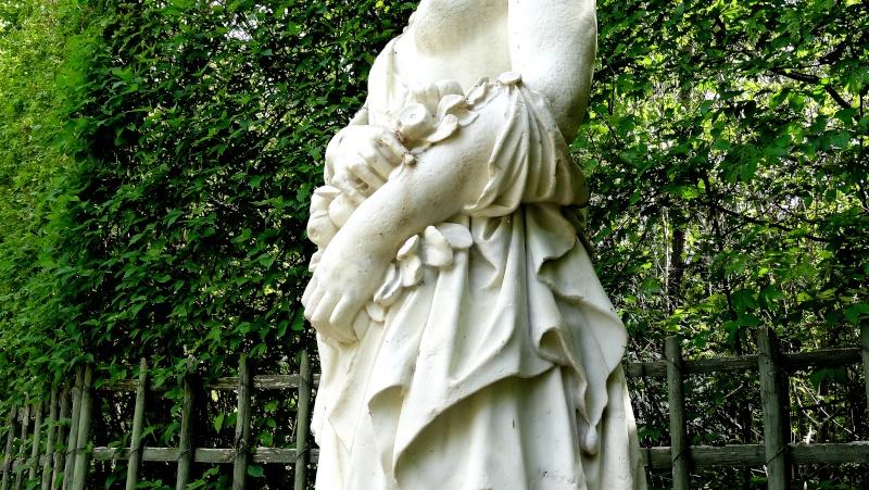 Pomone, nymphe des jardins à Versailles Dsc06619