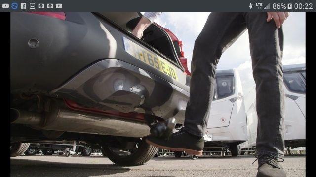 Renault Kadjar: boule de remorquage amovible, joli véhicule en plus Tmp_1412