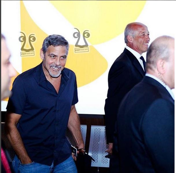 George Clooney arrives in Armenia 22. April 2016 Uu510
