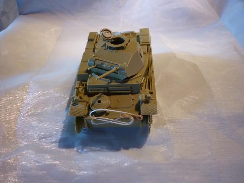 Juin 1940: Panzer II tamiya + moto Zvezda 1/35 + 3 personnages P1050716