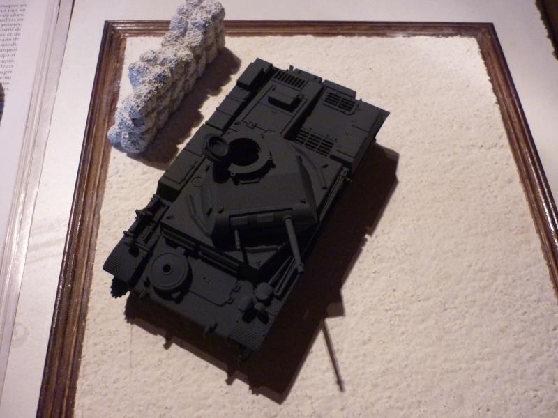 Juin 1940: Panzer II tamiya + moto Zvezda 1/35 + 3 personnages P1050721