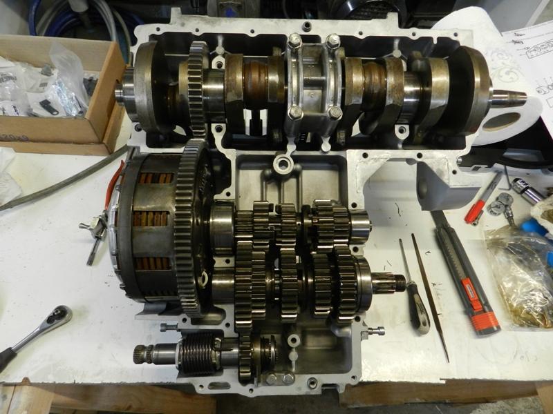 Réfection de mon moteur , Distribution et plus si affreusités constatées - Page 2 Dscn5017