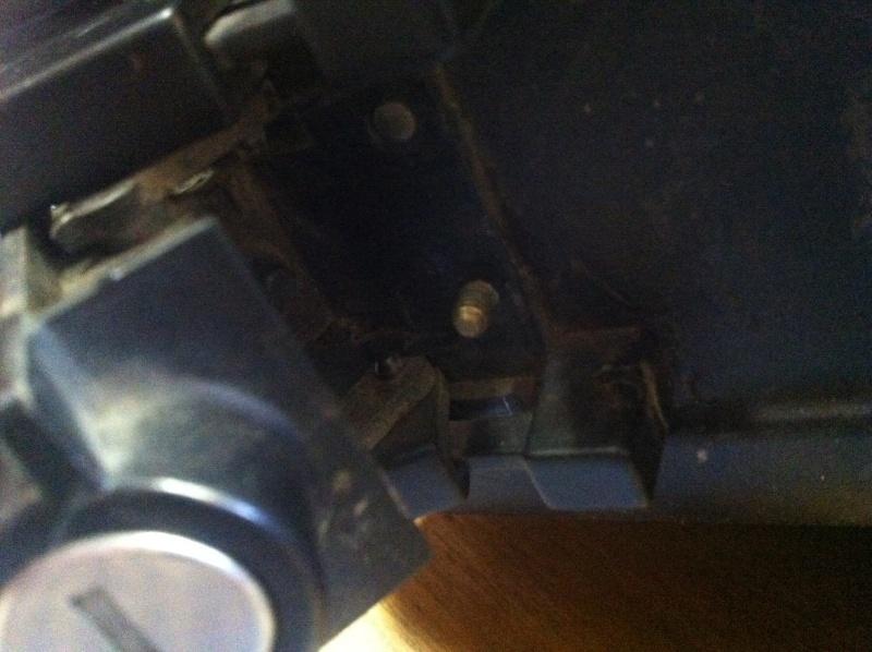 Pannier latches Image11