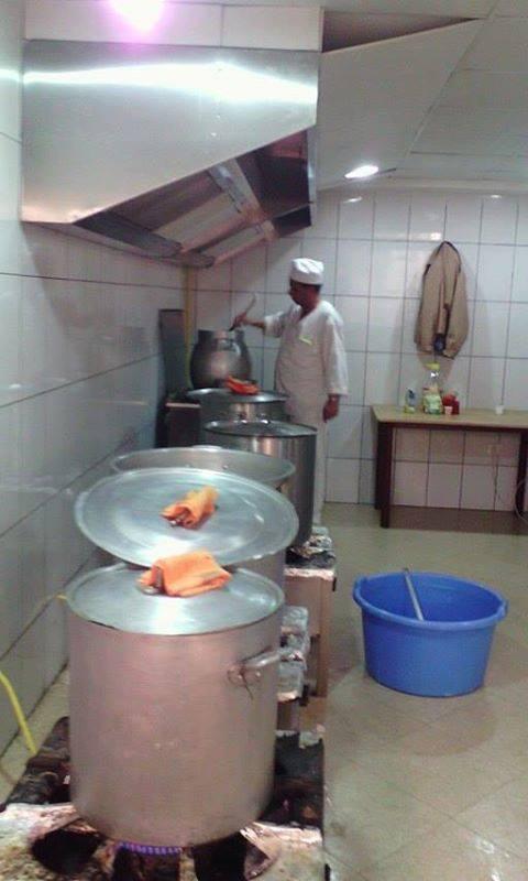 Abdelkader Hadjadj, un excellent cuisinier pour vos fêtes de mariages à Aokas et ses environs 112