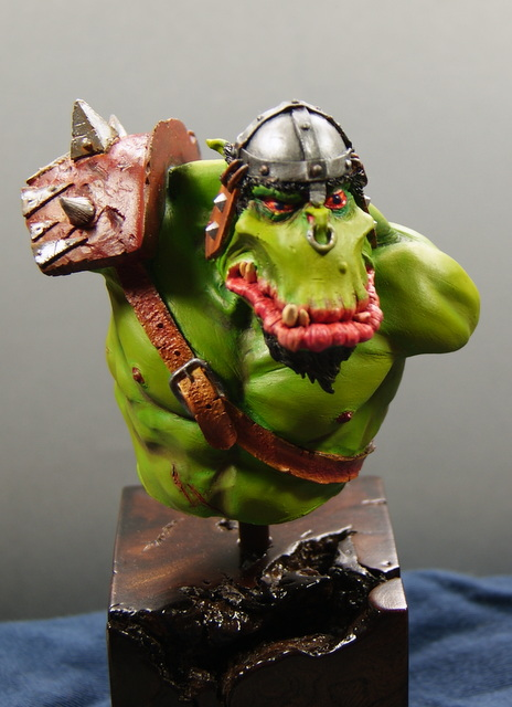BUSTE ORC 114