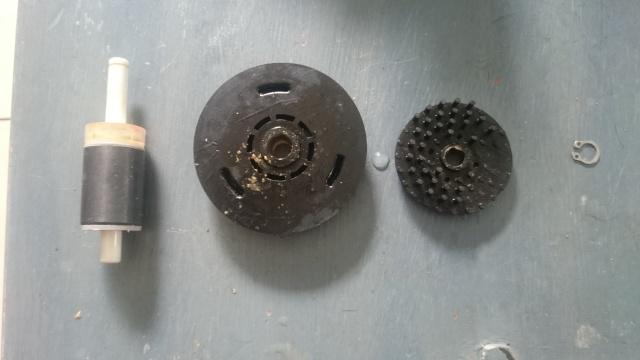Changement de roue à picots sur jebao/jecod dc 6000 à 12000 Dsc_0118