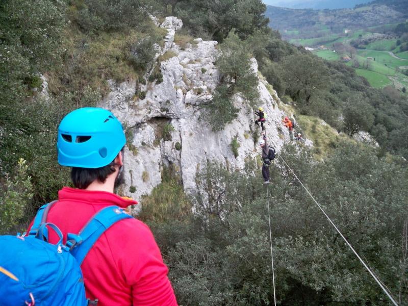 Vía ferrata: 11-13 de marzo 2016- El Cáliz, El Risco y Socueva (Cantabria) 100_1010