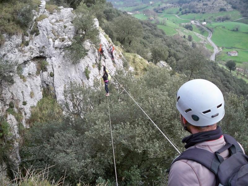 Vía ferrata: 11-13 de marzo 2016- El Cáliz, El Risco y Socueva (Cantabria) 100_1012