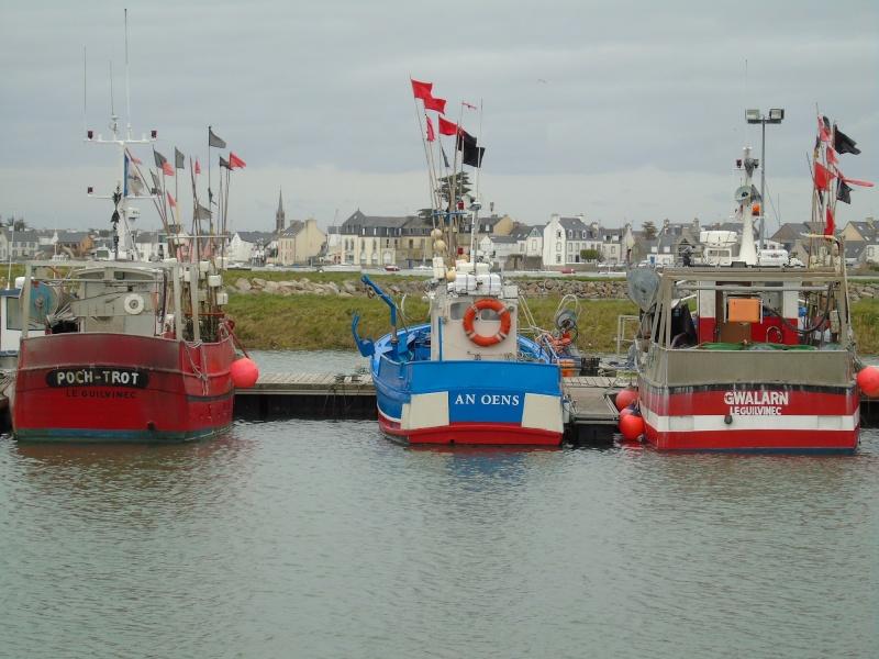 [VIE DES PORTS] Quelques bateaux de pêche (sur nos côtes Françaises) - Page 22 Petits10