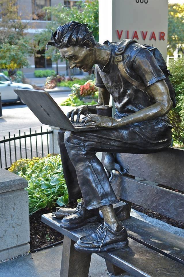 Городские скульптуры - Страница 3 Iidezi10
