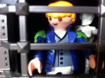Histoire et boule de gomme... Une affaire de Playmobil.  Impres10