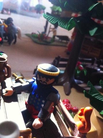 Histoire et boule de gomme... Une affaire de Playmobil.  Le_pri13