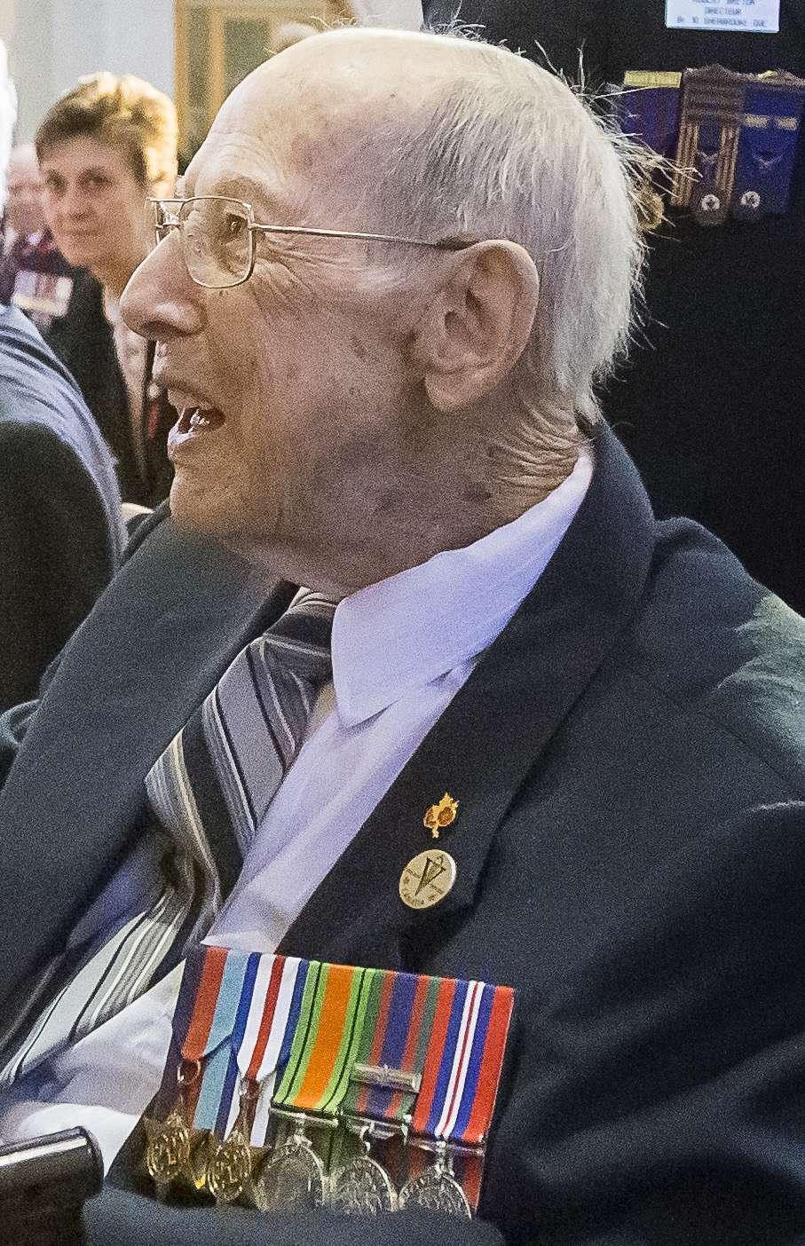 Viger, Ernest  vétéran de la 2ième guerre mondiale Viger210