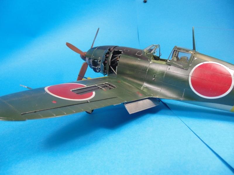 J2M3 Raiden - 1/32 Zoukei-Mura Dsc02913