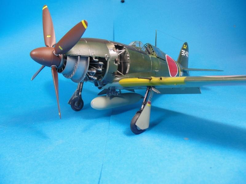 J2M3 Raiden - 1/32 Zoukei-Mura Dsc02915