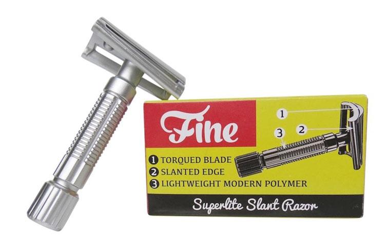 REVUE : Rasoir Fine Superlite slant Fine_s10