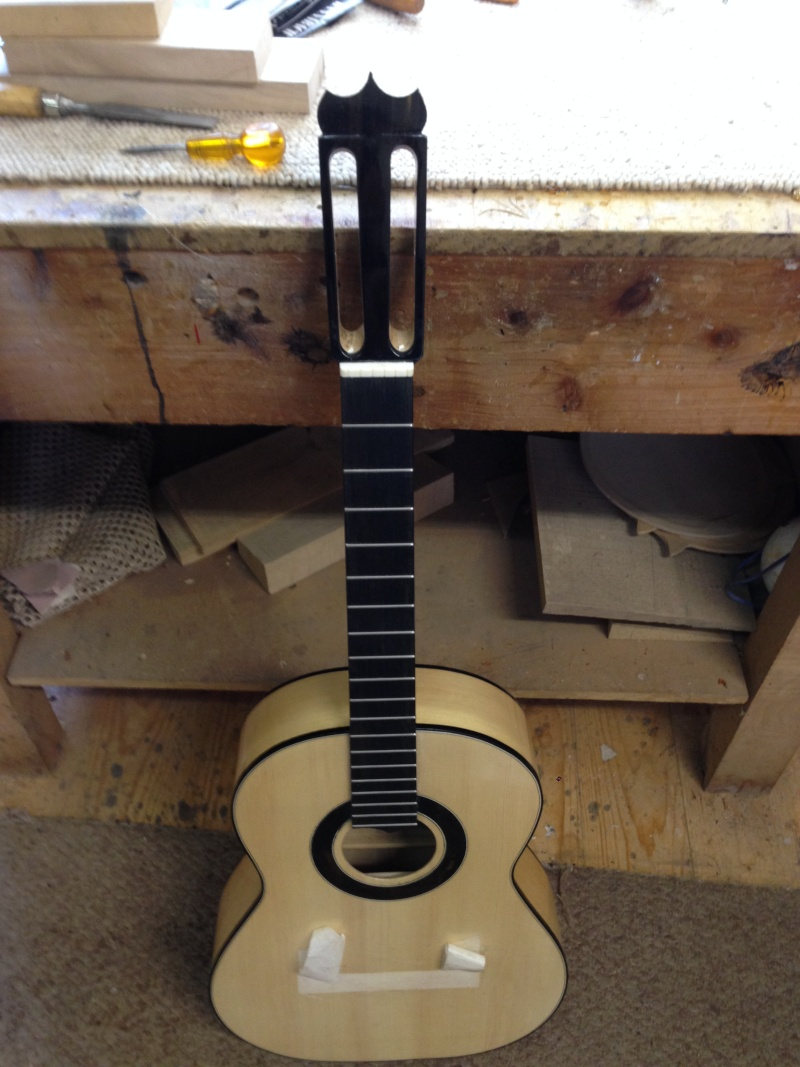 construction d une guitare blanca - Page 9 Img_3118