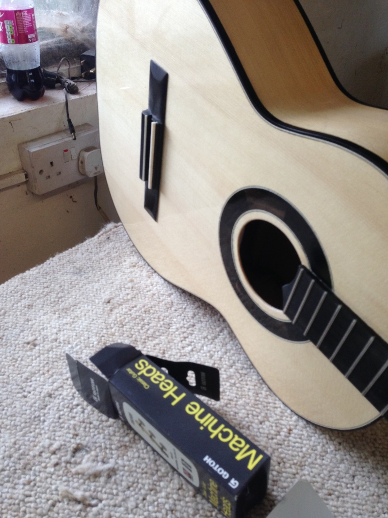 construction d une guitare blanca - Page 9 Img_3213