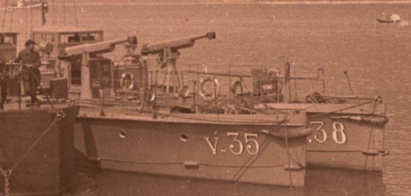 + FORCES MARITIMES DU RHIN + Flotil10