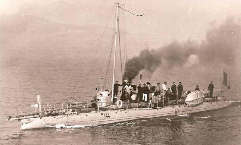 + TORPILLEUR 144 (1891/1913) + T1442010