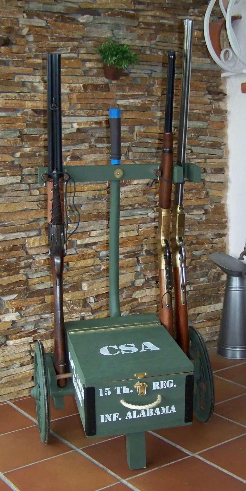Gun cart Montgomery Depot 100_8340