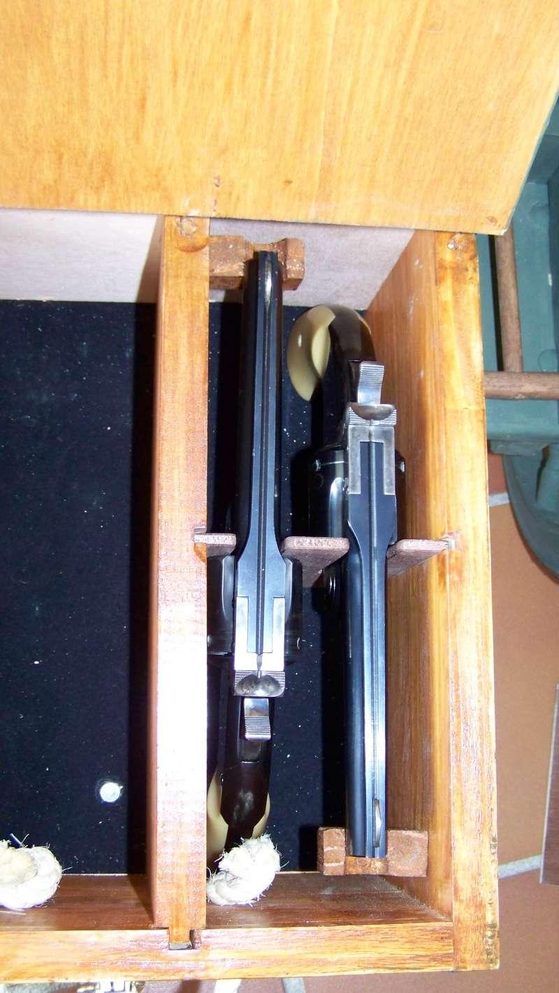 Gun cart Montgomery Depot 100_8341