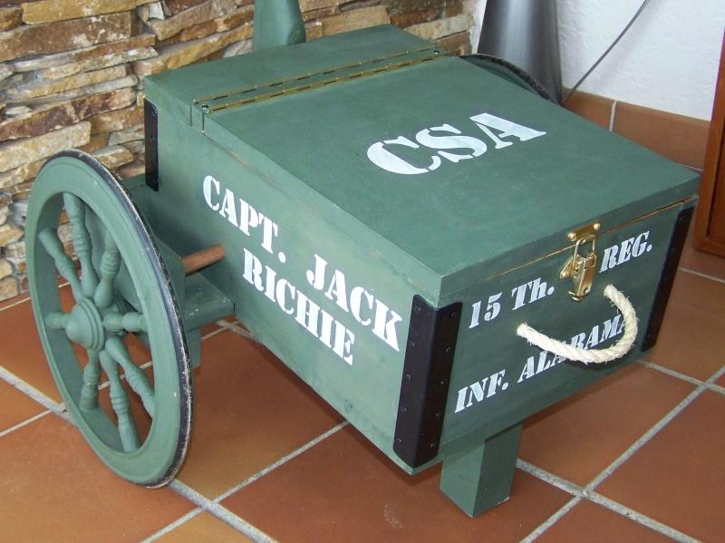 Gun cart Montgomery Depot 100_8343