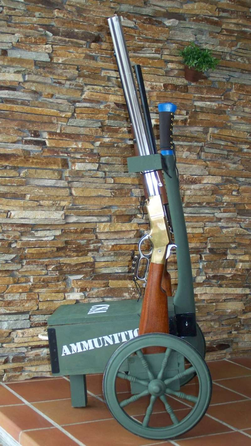 Gun cart Montgomery Depot 100_8344